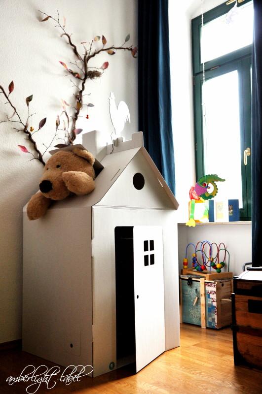Kindergeburtstag: Papphaus bemalen