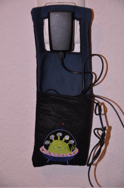 Handyaufladetasche