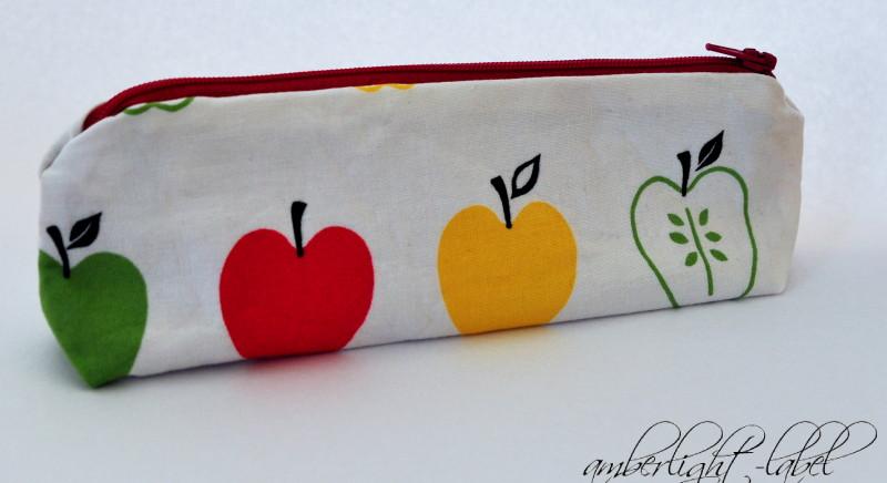 Geschenke zur Schuleinführung Leim und Schere Mäppchen