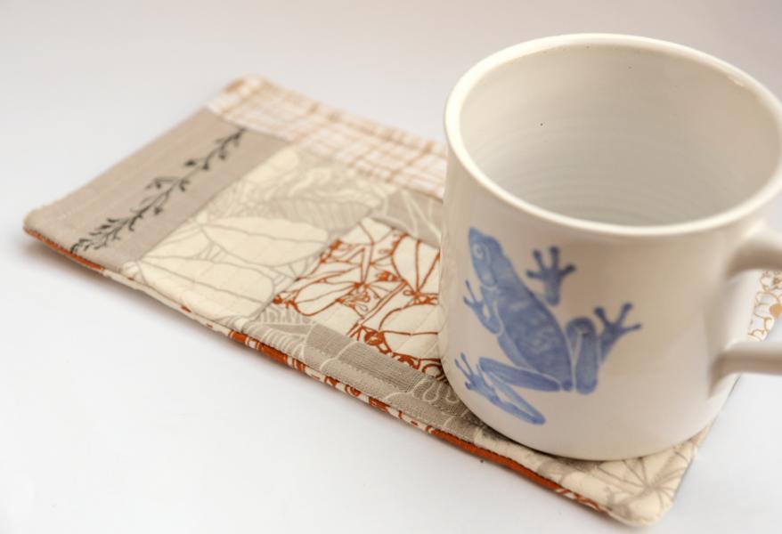 Trimmings Competition 2012 von Umbrella Prints: Mug Rug