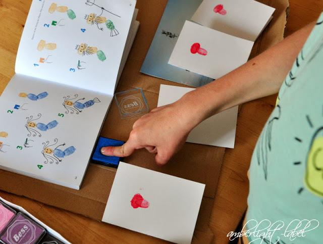7. Geburtstag: Meerkönig Einladung Fingerstempeln