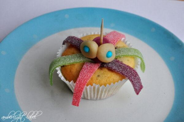 7. Geburtstag: Tiefseeparty Plottertüten Krakenmuffins Würstchentintenfische
