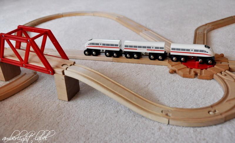 Holzspielzeug Brio Eisenbahn