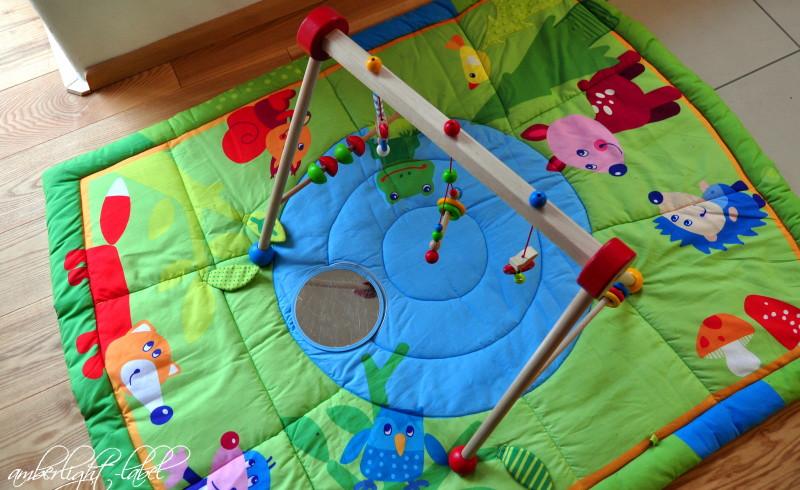 Spiel(zeug)rezension: Baby Gym Spieltrapez von Eichhorn