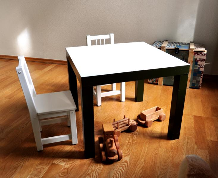 Tisch lackieren