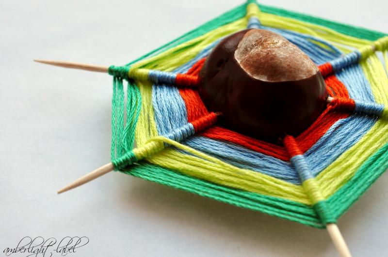 Kastanien-Basteln: Kastanien weben