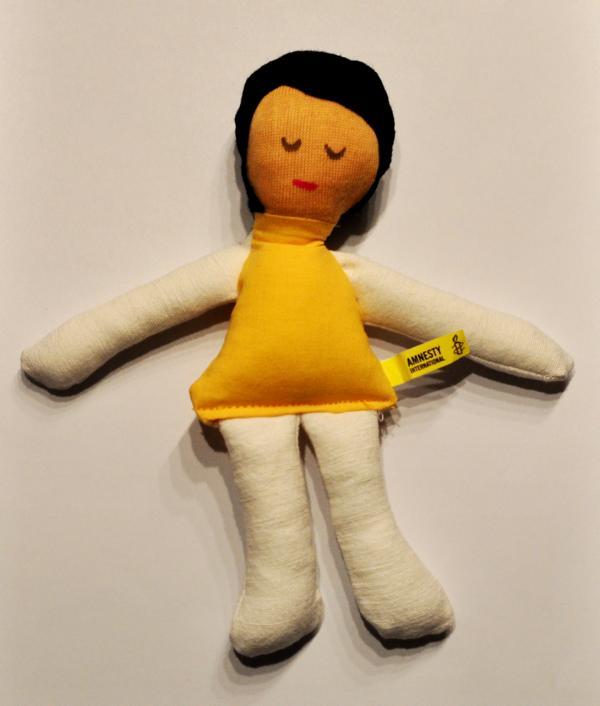 """Puppe für Amnesty International – """"Äusserst grausames Spiel"""""""
